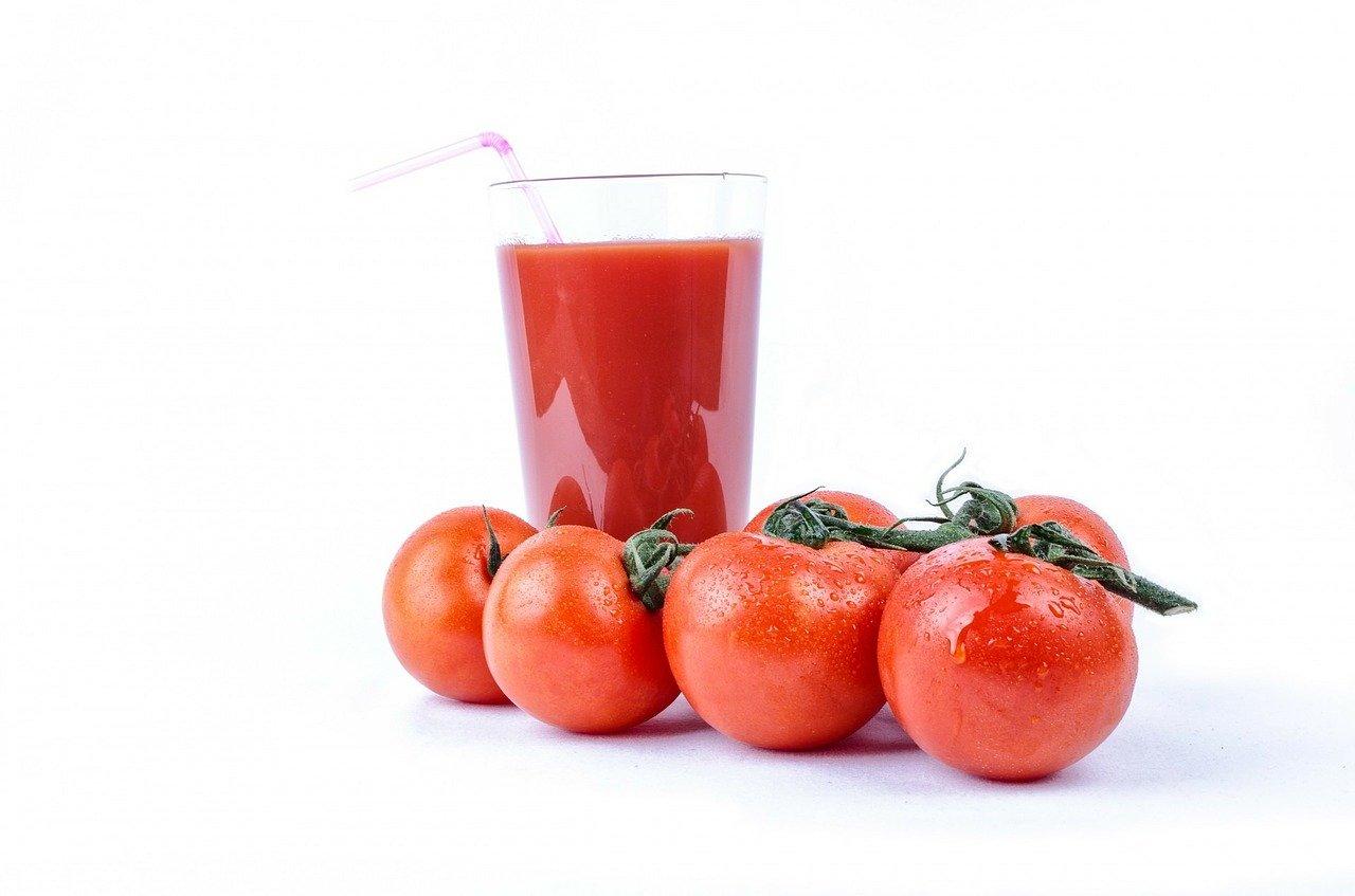 【悲報】トマトジュースが飲めなくなりました【高血圧対策】